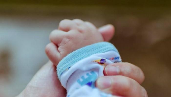 Κρήτη: Έγινε μητέρα στη ΜΕΘ, όπου νοσηλεύεται με ιό γρίπης