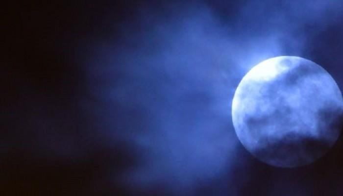 Τι φέρνει στα ζώδια η υπερπανσέληνος και η σεληνιακή έκλειψη