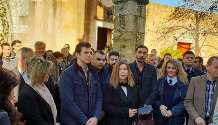 Ο Αλέξανδρος Μαρκογιαννάκης στην κοπή της πίτας του δήμου Αποκορώνου
