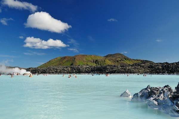 Ζεστή… μεσογειακή θάλασσα στην Ισλανδία!