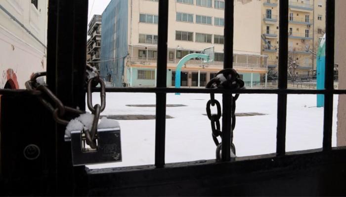 Χιόνια στα Χανιά: Εκτάκτως έδιωξαν παιδιά από σχολεία