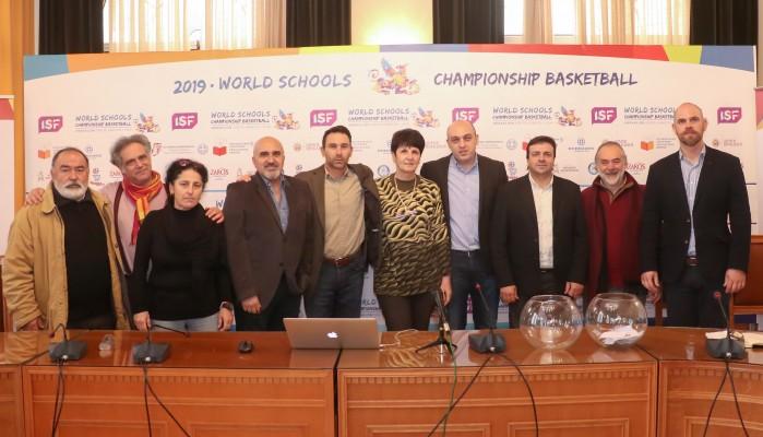 Με μαθητές από ολόκληρο τον κόσμο θα γεμίσει το κέντρο του Ηρακλείου