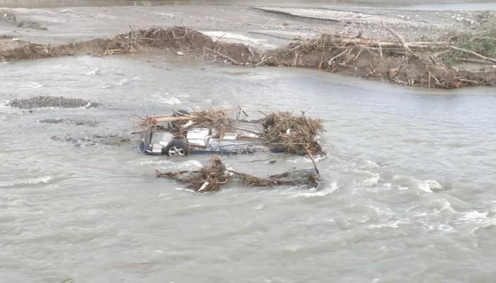 Χανιά: Βρέθηκε στον ποταμό Ταυρωνίτη αυτοκίνητο που είχε παρασυρθεί από τις πλημμύρες!