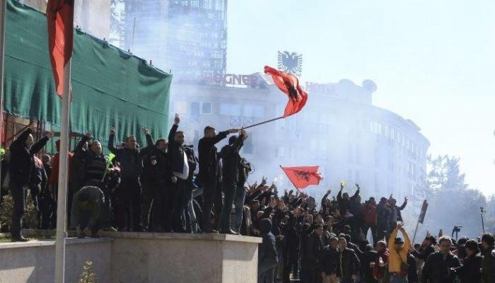 Καζάνι που βράζει η Αλβανία μετά τις διαδηλώσεις κατά του Ράμα