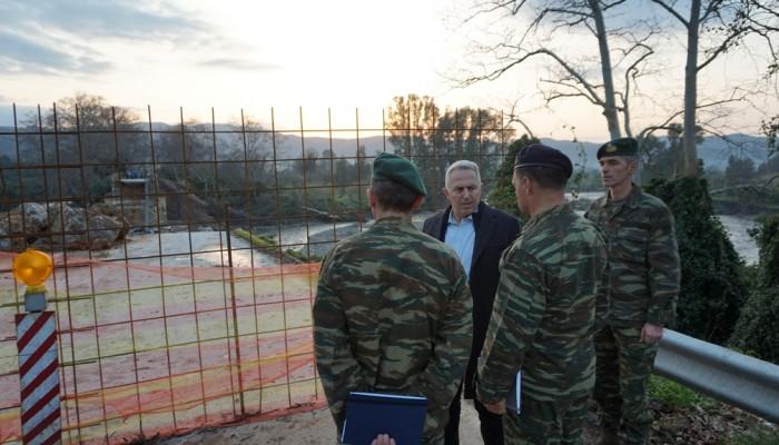 Υπουργός Εθνικής Άμυνας: Το πολύ σε τρεις ημέρες θα έχει στηθεί η γέφυρα του Πλατανιά