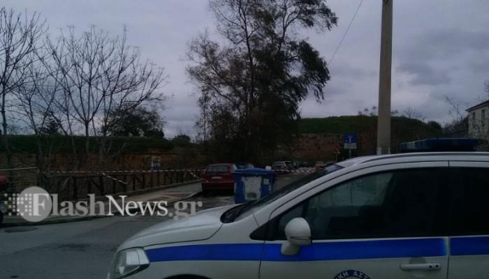 Προειδοποίηση και κλείσιμο δρόμου απ'την ΕΛΑΣ για πτώση δέντρου στα Χανιά (φωτο)