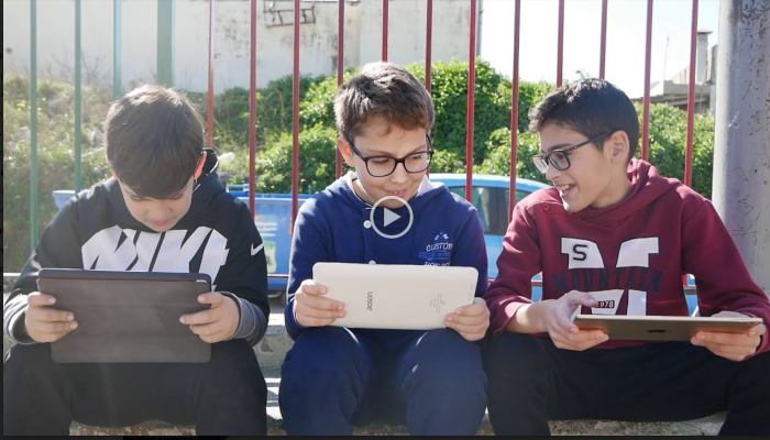Η υπέροχη ταινία μαθητών για τον εθισμό στο διαδίκτυο (βίντεο)