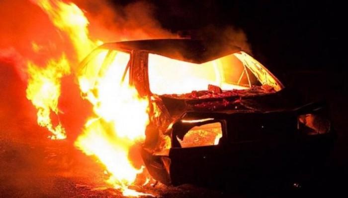 Αυτοκίνητο έγινε παρανάλωμα του πυρός στο Ρέθυμνο