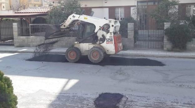 Εργασίες αποκατάστασης δρόμων στην Ιεράπετρα