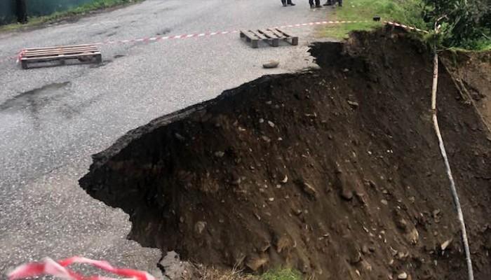 Περιοδεία πραγματοποιεί κλιμάκιο του ΚΚΕ στις πληγείσες περιοχές των Χανίων