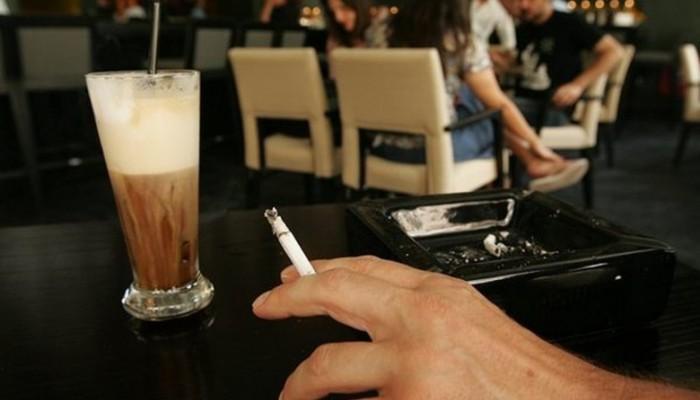 Η πόλη της Κρήτης που απαγόρεψε το κάπνισμα σε εσωτερικούς χώρους