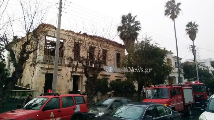 Κατέρρευσε τμήμα οροφής νεοκλασσικού στο κέντρο των Χανίων (φωτο)