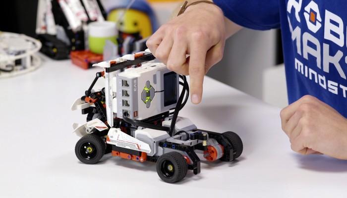Εκπαιδευτική ρομποτική στα Χανιά για τους