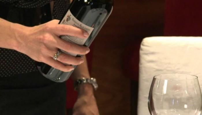 Έκαναν έρευνα: Μπίρα πριν από το κρασί ή κρασί πριν από τη μπίρα;