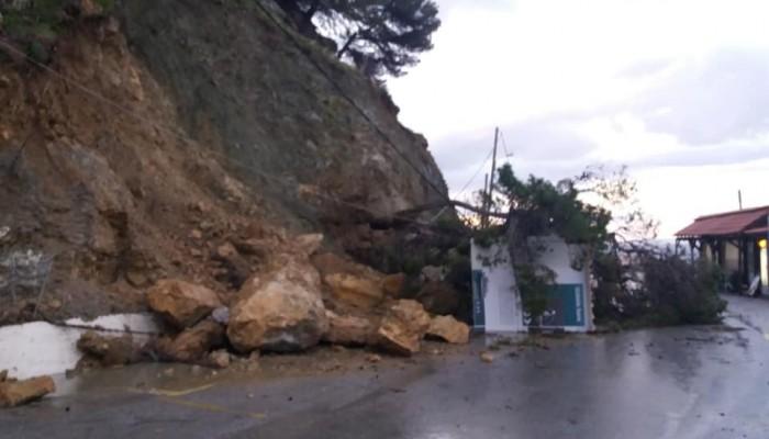 Έπεσαν δύο σπίτια στα Σφακιά - Εκκενώθηκαν οικίες στο Φραγκοκάστελο (φωτο)