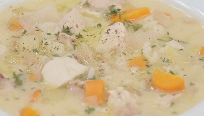 Πεντανόστιμη κοτόσουπα