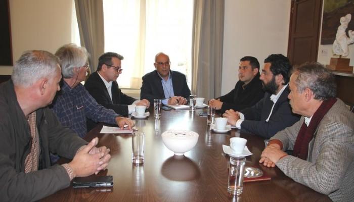 Συνάντηση Δημάρχου Χανίων με τον Γ.Γ. Αθλητισμού για τις αθλητικές υποδομές των Χανίων