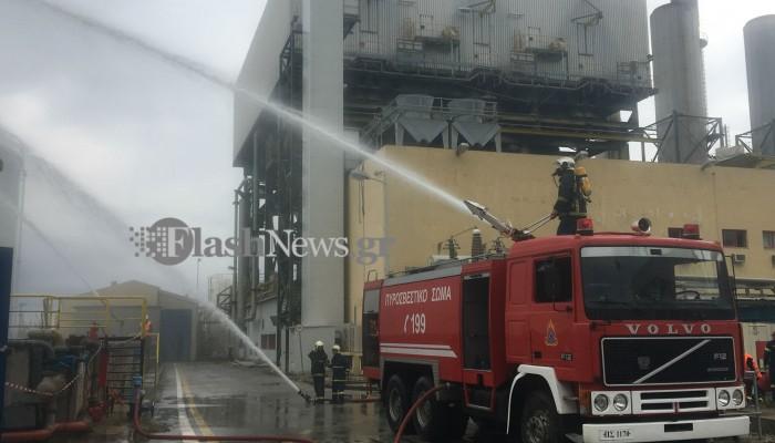 Μεγάλη κινητοποίηση της Πυροσβεστικής στις εγκαταστάσεις της ΔΕΗ στα Χανιά (φωτο)