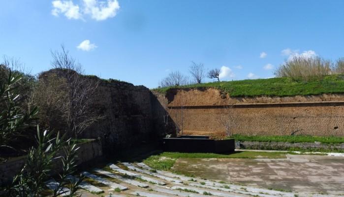 Νέα κατάρρευση στα βενετσιάνικα τείχη των Χανίων (φωτο)
