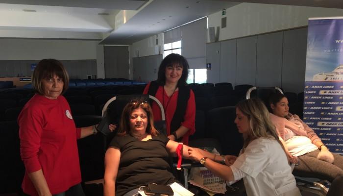 Η ΑΝΕΚ για άλλη μία φορά πραγματοποίησε εθελοντική αιμοδοσία στα γραφεία της (φωτο)