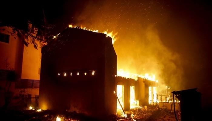 Τι λένε τα ξένα ΜΜΕ για τις ποινικές διώξεις που ασκήθηκαν για την φωτιά στο Μάτι