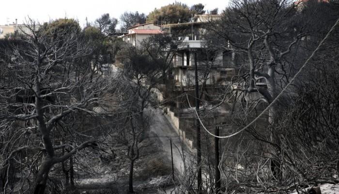 Κίνδυνος για νέα τραγωδία μετά το Μάτι - Στο έλεος μιας πυρκαγιάς εννέα οικισμοί