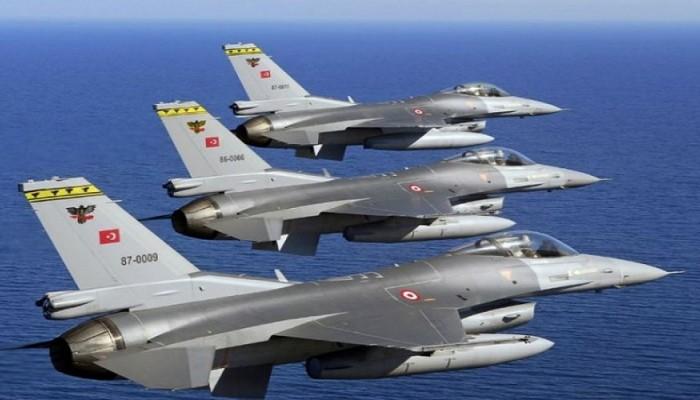 Πτήσεις τουρκικών F-16 πάνω από τις Οινούσσες