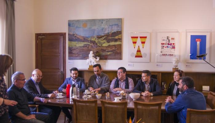 Συνάντηση Παναγιώτη Σημανδηράκη με τον Δήμαρχο Χανίων Τάσο Βάμβουκα