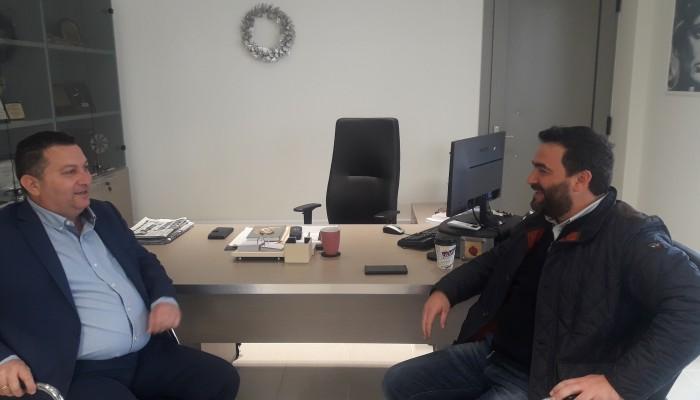 Συνάντηση του Γιώργου Σισαμάκη με το Δήμαρχο Χερσονήσου