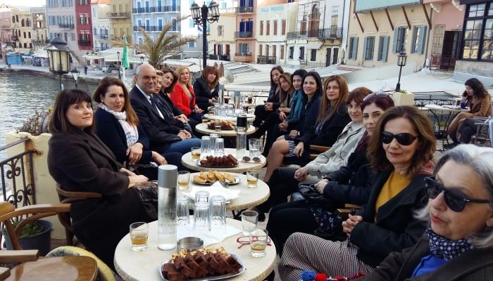 Τις 20 πρώτες υποψήφιες γυναίκες του ψηφοδελτίου του παρουσίασε ο Τάσος Βάμβουκας