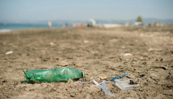 Το 50% των απορριμμάτων των ελληνικών θαλασσών είναι αλουμίνιο, πλαστικά και σακούλες
