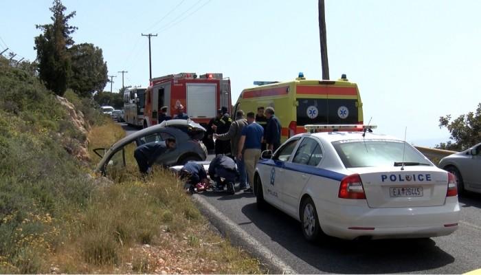 Εγκλωβίστηκαν τραυματίες σε τροχαίο ατύχημα στον Βλητέ στα Χανιά (φωτο)