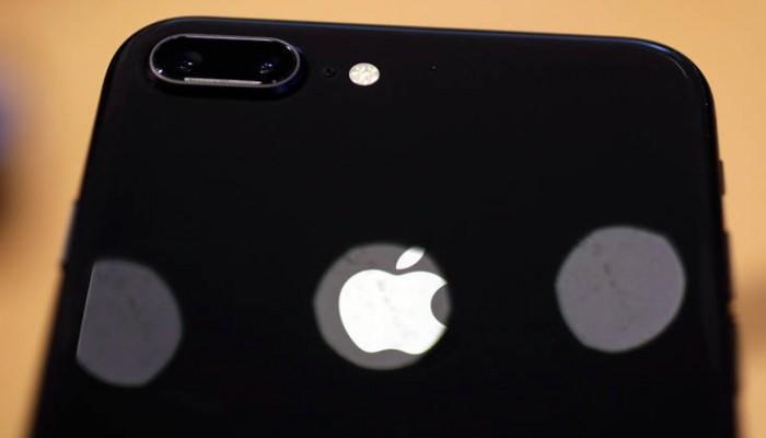 Η απάτη με τα πλαστά iPhones που μπέρδεψε ακόμα και τους τεχνικούς
