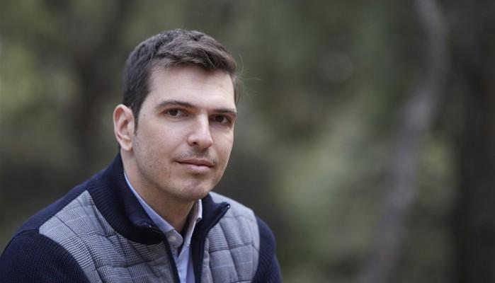 Ο Αλ. Μαρκογιαννάκης παρουσιάζει τους υποψήφιους περιφερειακούς συμβούλους στα Χανιά