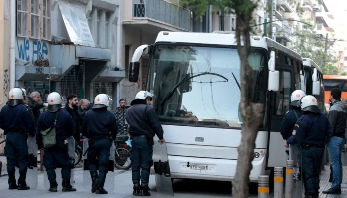 Εξάρχεια: Ολοκληρώθηκε η επιχείρηση της ΕΛ.ΑΣ.- 68 προσαγωγές, δύο συλλήψεις