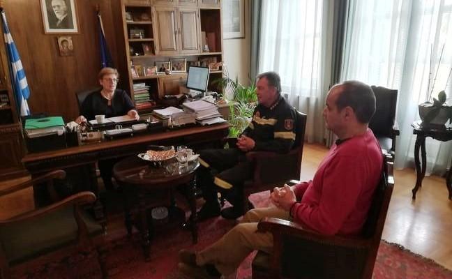 Εθιμοτυπική επίσκεψη του νέου Διοικητή της Π.Y. Ρεθύμνου στην Αντιπεριφερειάρχη Ρεθύμνης