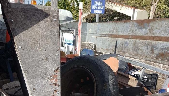 Επιχείρηση απομάκρυνσης εμποδίων από τους δρόμους του Ηρακλείου (φώτο)