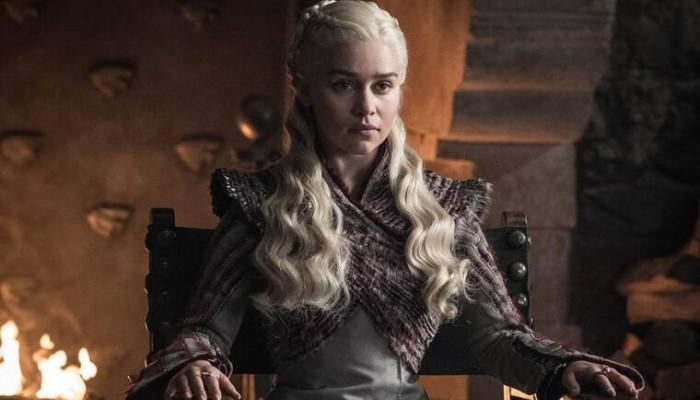 Μία 24χρονη φοιτήτρια μεταμφιέζεται σε Daenerys Targaryen κι εντυπωσιάζει το Instagram
