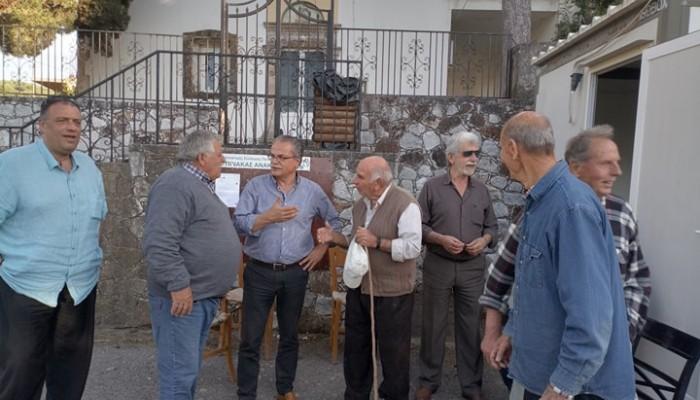 Σε χωριά της δημοτικής κοινότητας Κολυμβαρίου ο δήμαρχος Πλατανιά Γιάννης Μαλανδράκης
