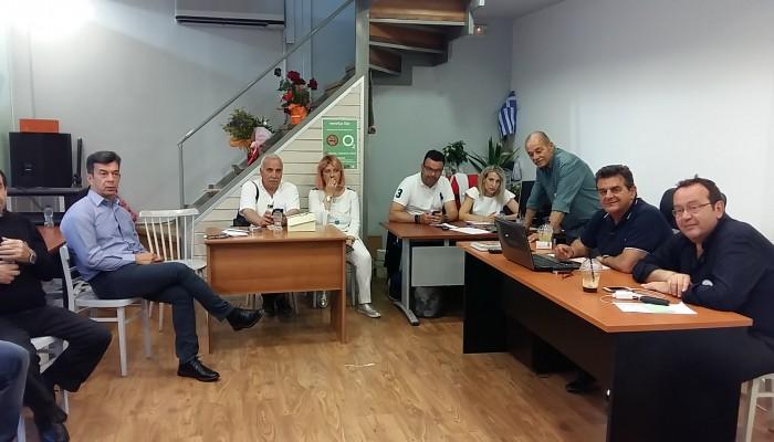 Οι πρώτες εικόνες από τα εκλογικά κέντρα των υποψήφιων δημάρχων στα Χανιά (φωτο)