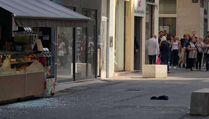 Έκρηξη παγιδευμένου πακέτου με τραυματίες στη Λυών
