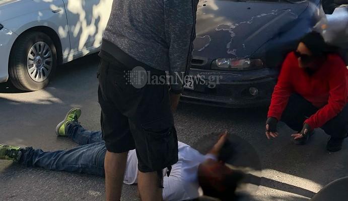 Αναστάτωση στη Σπλάντζια - Νεαρός ξάπλωσε στη μέση του δρόμου και φώναζε