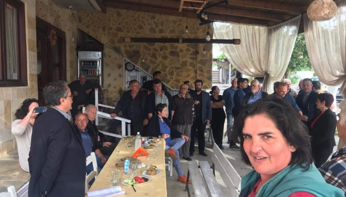Σε χωριά του δήμου Πλατανιά ο υποψήφιος και νυν δήμαρχος Γιάννης Μαλανδράκης