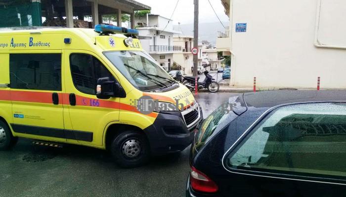 Τροχαίο ατύχημα σε σύγκρουση νεκροφόρας με μοτοσικλέτα στα Χανιά (φωτο)