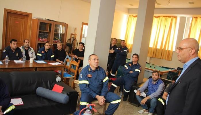 Σε Πυροσβεστική και υπηρεσίες του Δήμου Χανίων ο Τάσος Βάμβουκας