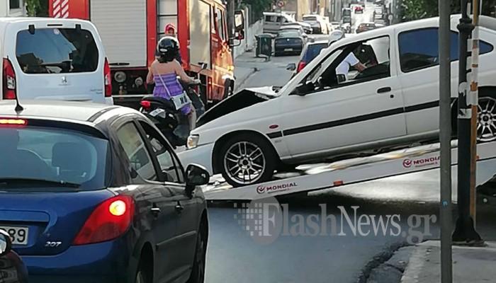 Τροχαίο ατύχημα στο κέντρο των Χανίων (φωτο)