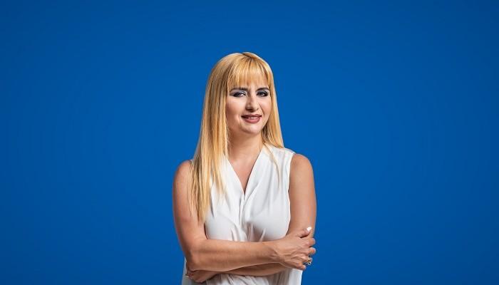 Έλβη Στασσίνου: Οι νέοι άνθρωποι θα πρέπει να είναι πιο ενεργοί στην πολιτική