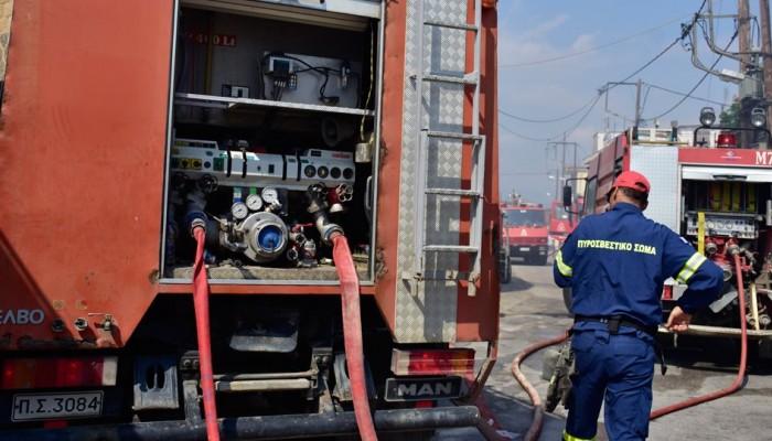 Φωτιά σε αυτοκίνητο στην Αυγενική