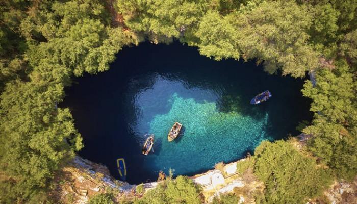 Ελληνικό αξιοθέατο στα πιο όμορφα μέρη της Ευρώπης
