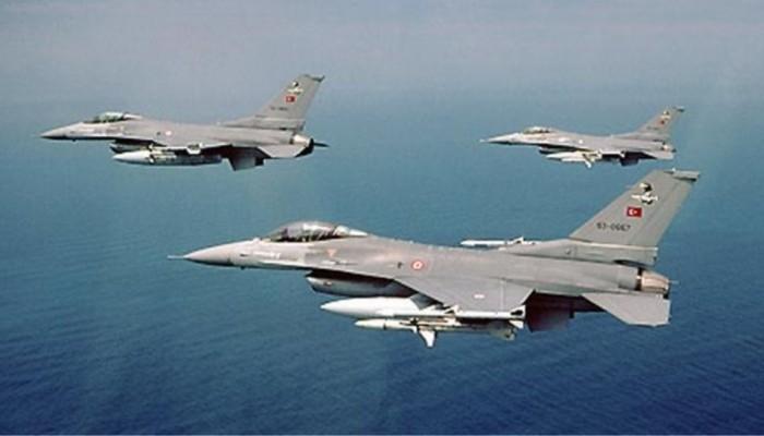Στις 52 οι παραβιάσεις του εναέριου χώρου από τουρκικά μαχητικά